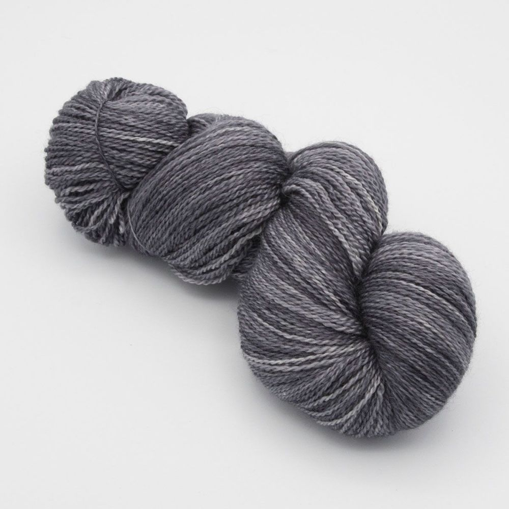 <!-- 002 -->4ply BFL, silk and alpaca - Charcoal