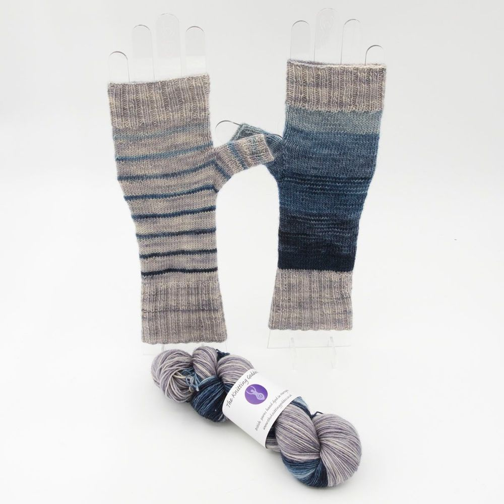 Fingerless Mitt Kit - Superhero Genes Mixed Stripes and Silver