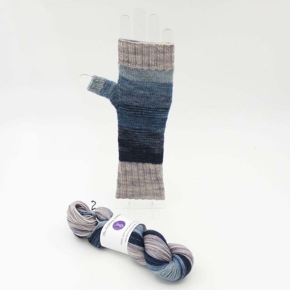 Fingerless Mitt Kit - Superhero Genes Wide Stripes and Silver
