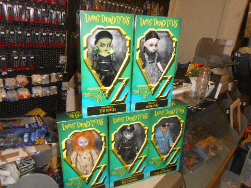 LIVING DEAD DOLLS IN OZ SET OF 5 DOLLS MEZCO