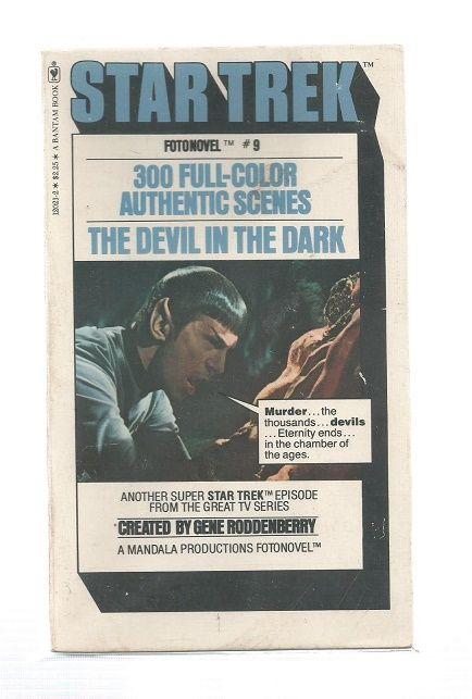 STAR TREK , THE DEVIL IN THE DARK  , FOTONOVEL PAPER  BACK BOOK  (RARE)