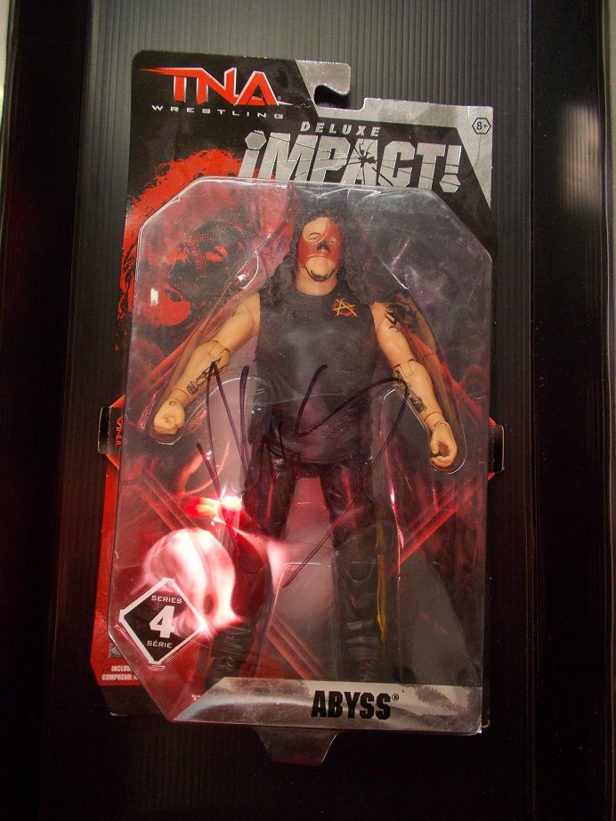 SIGNED AUTOGRAPH TNA IMPACT WRESTLING SERIES 4 ABYSS (2)