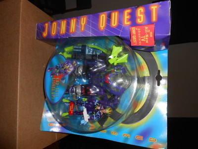JONNY QUEST /  EXO - SUIT LIGHTS UP , QW-2