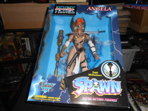 McFALANE TOYS /  SPAWN  /  ANGELA  SUPER SIZE  / BOXED EDITION