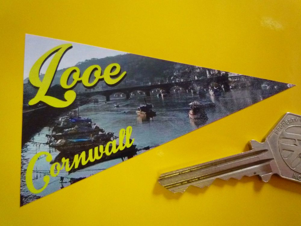 "Looe Cornwall Travel Pennant Sticker. 4""."