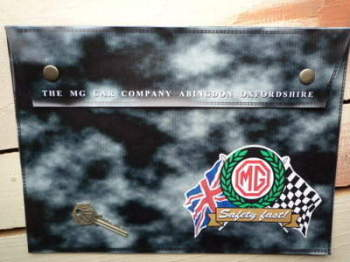 MG Safety Fast Grey Large A4 Document Holder/Toolbag.