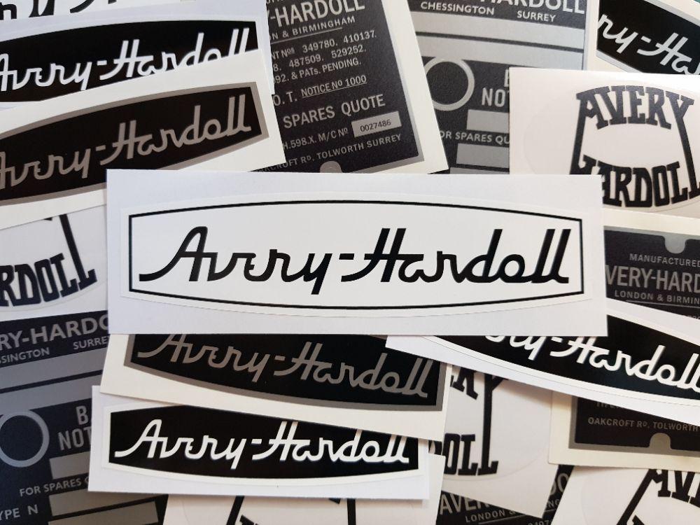 Avery Hardoll