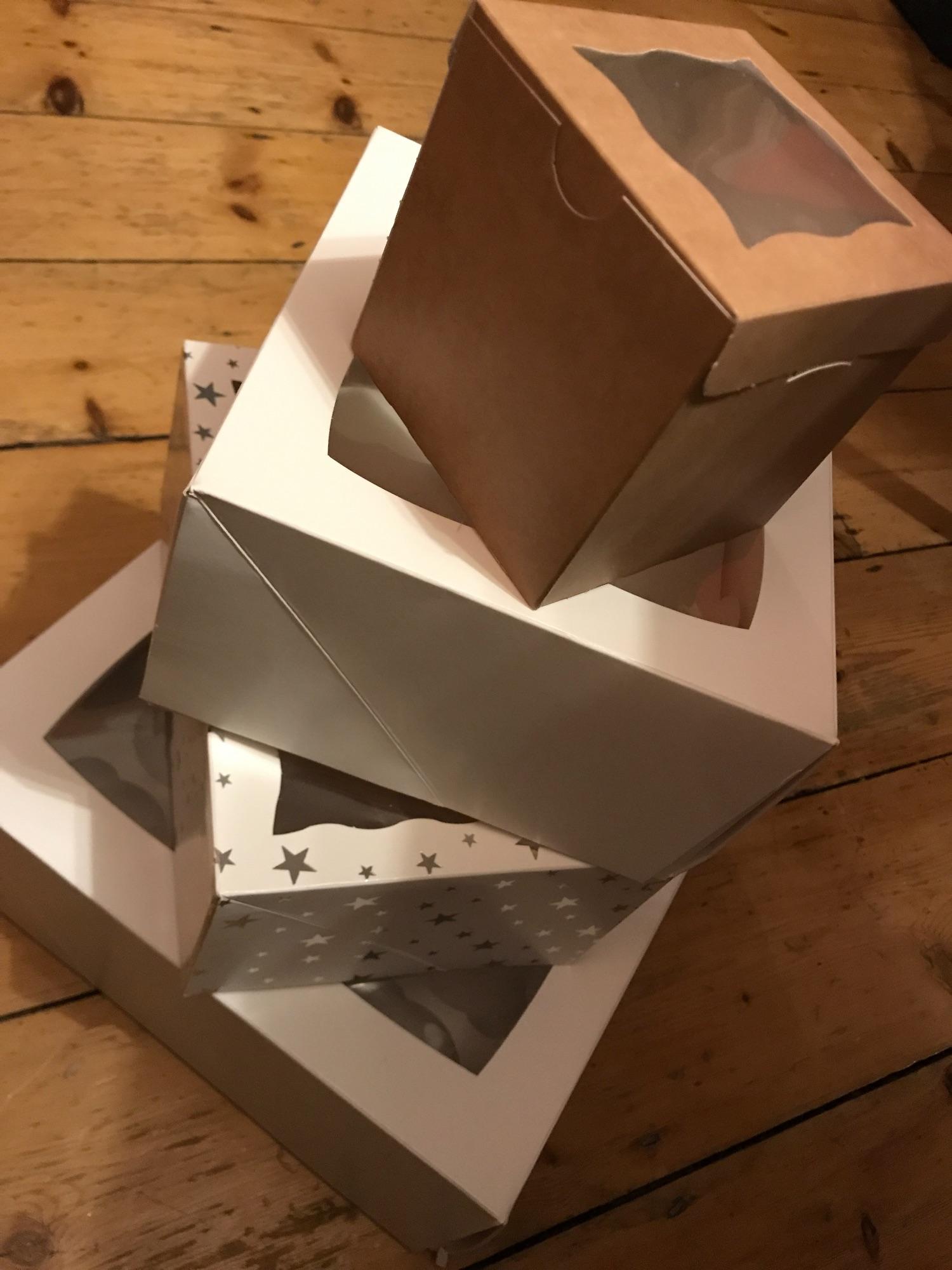 Boxes & Bouquets