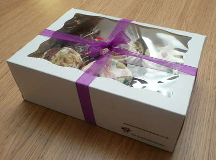 6 gift boxed cupcakes