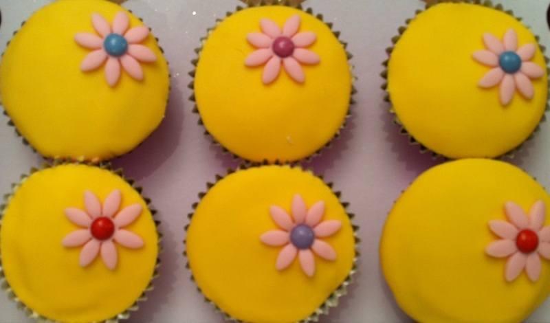 Peppa Pig cupcakes_jpg