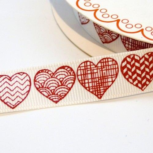 16mm Grosgrain Patterned Heart Ribbon - Red on White