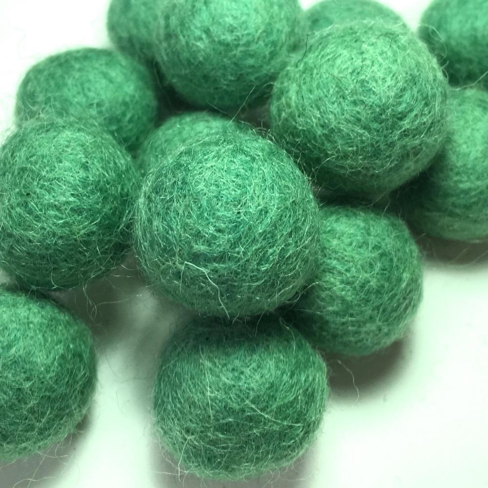 2cm Wool Felt Ball - Spearmint