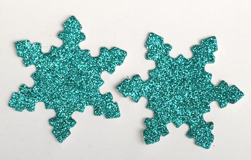 16 x Die cut Snowflakes