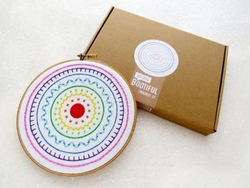 Embroidery Kit - Modern Rainbow Circles