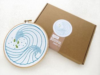 Embroidery Kit - Surf The Waves