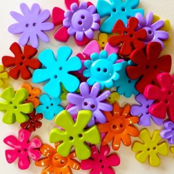 50g Bright Flower Buttons