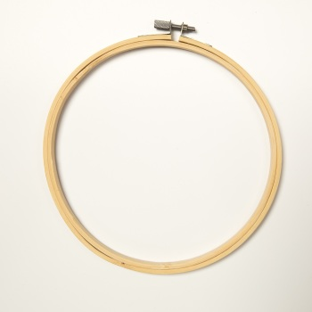 "7"" Round Wood Embroidery Hoop"