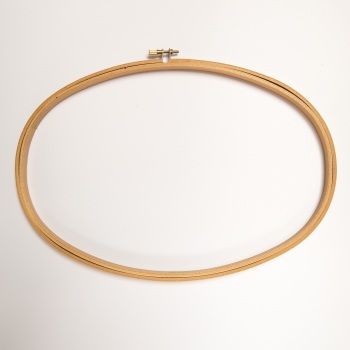 "8"" x 12"" Oval Wood Embroidery Hoop"