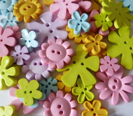 Pastel Flower Buttons