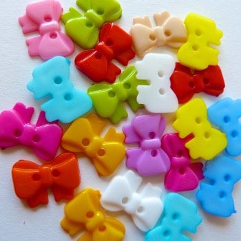 Pack of 20 - 15mm Bow Shaped Buttons