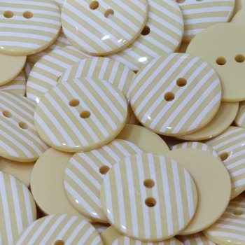 Pack of 10 - 18mm Stripe Button - Pale Yellow