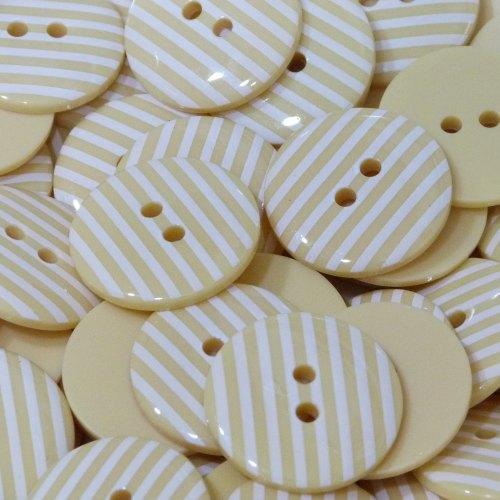 18mm Stripe Button - Pale Yellow