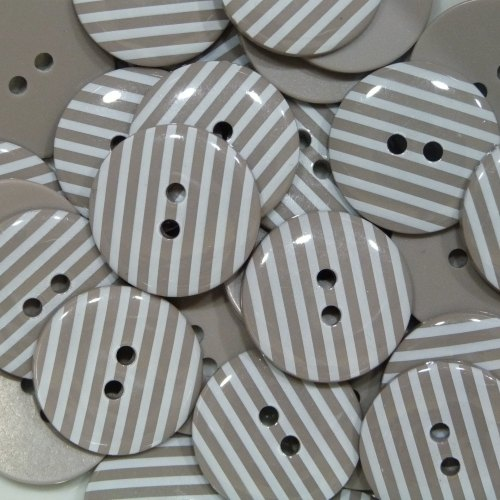 18mm Stripe Button - Taupe