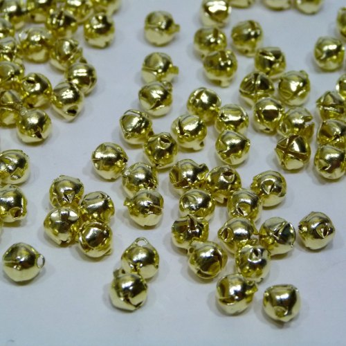 30 x 6mm Bells - Gold