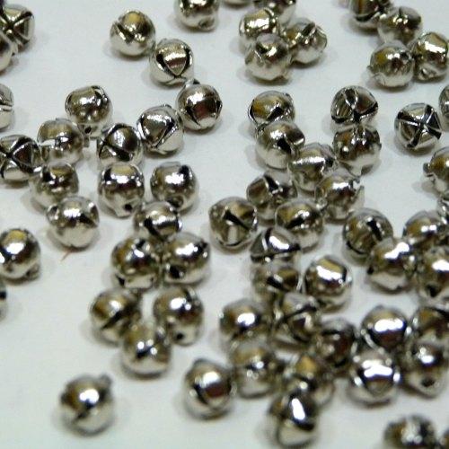30 x 6mm Bells - Silver