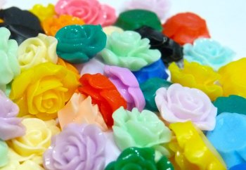 SALE 10 x 15mm Rose Resins - Mixed