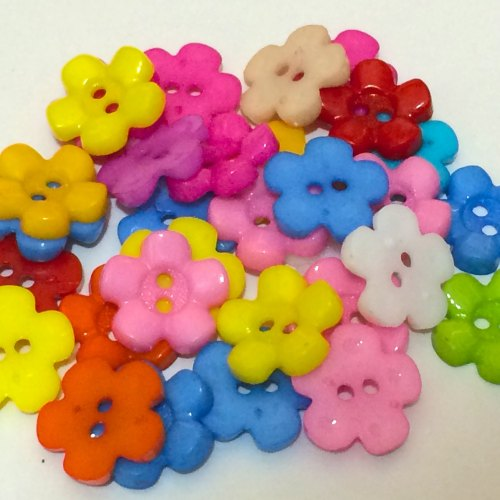 20 x 15mm Flower Buttons