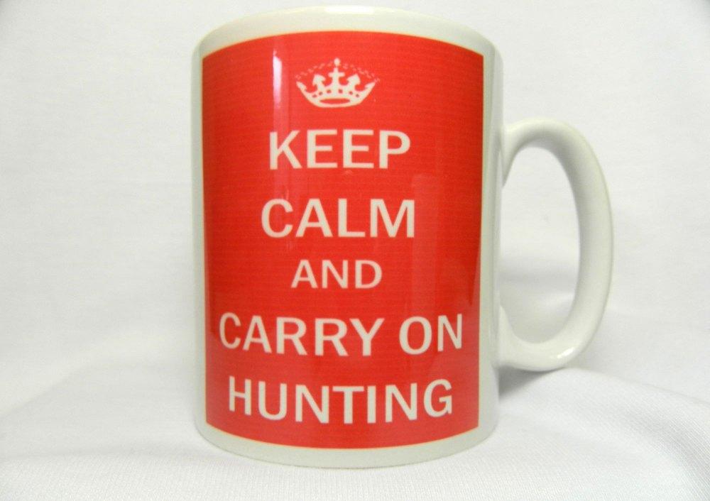 Keep Calm and Carry On Hunting, mug