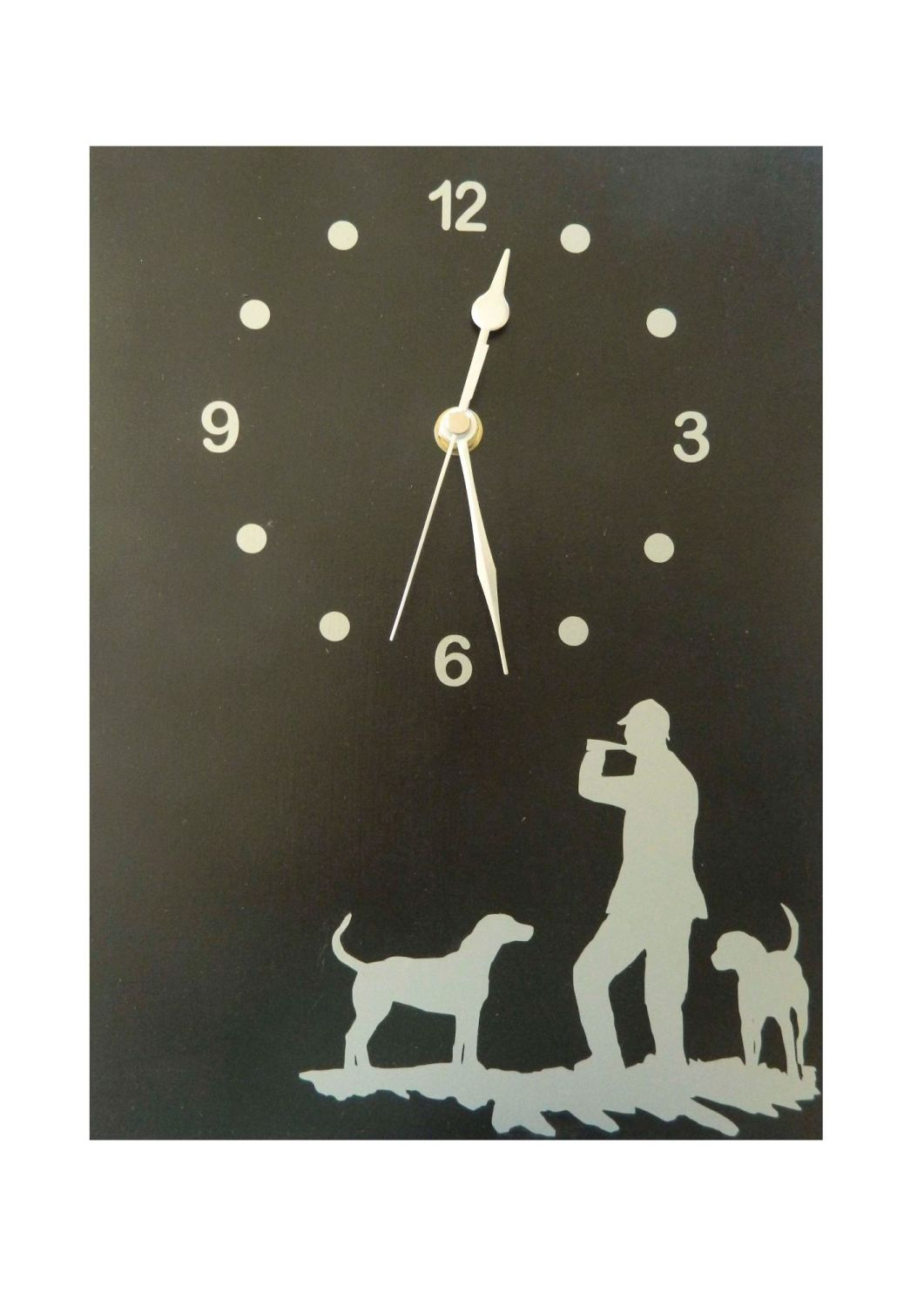 Hunting themed clock