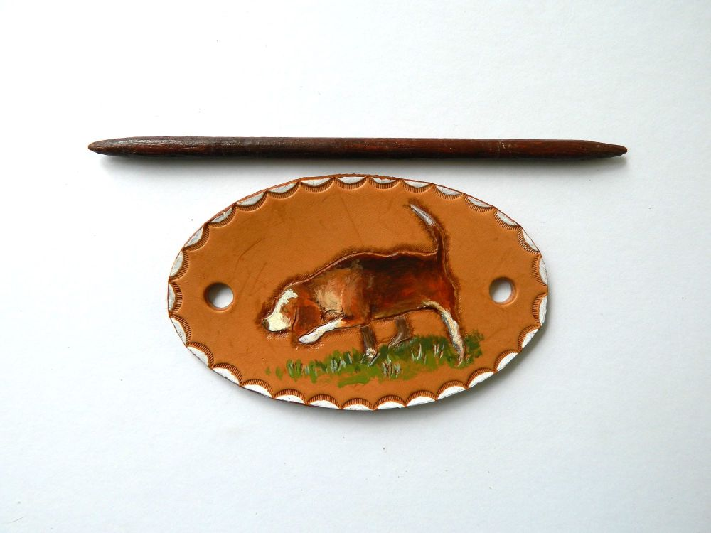 Leather Barrette Beagle pic
