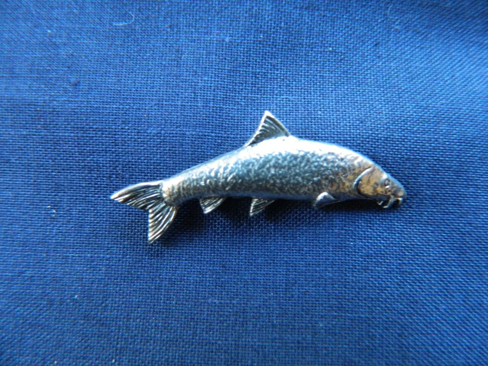 New Product Barbel pewter pin badge
