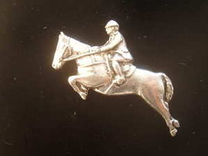 Show jumper -- Pewter pin badge