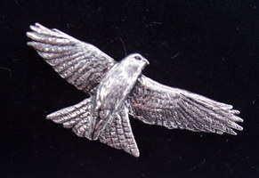 Red Kite pewter pin badge