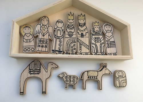 Natural Wooden Nativity Set