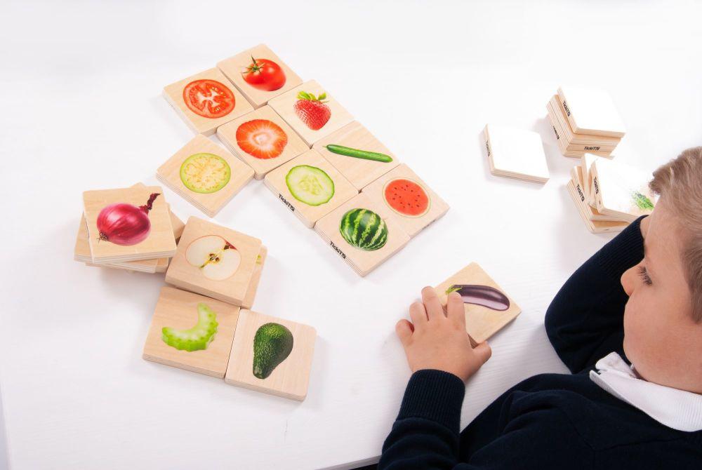 Fruit & Vegetable Match Game