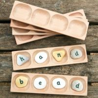 4 Pebble Word-Building Tray