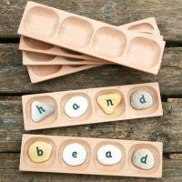 4 Pebble Word-Building Tray