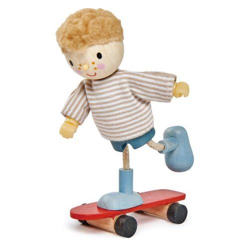 Edward and his Skateboard