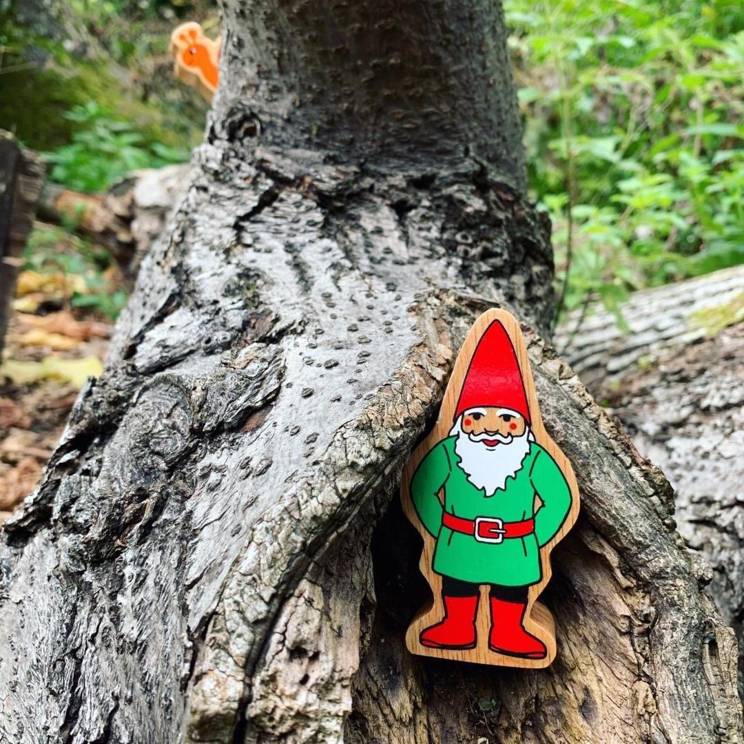 Lanka Kade - Mythical, Gnome