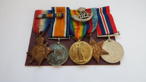 WW1 and WW2 Group to 8/1632 Pte W Cooper Durh L I
