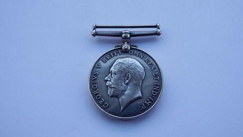 British War Medal to G/30582 Pte R J Holmes R W Kent R