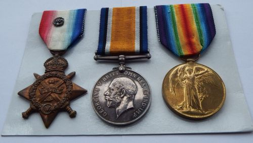 1914 Star trio to 6611 Pte F Benjafield 1/Hamps R