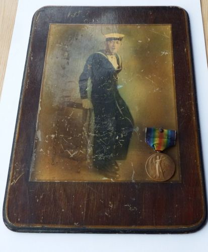 Victory medal to 1768D T J Harris RNR with contemporary painting