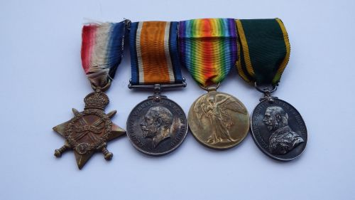 Great War TFEM group to  1230 Pte G W Haslam Notts & Derby R