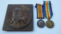 Pair and Memorial Plaque to 9/1976 L/Cpl A G Spraggs NZEF  / Killed with NZEF MGC