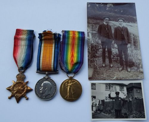 1914/15 Trio to T-2535 Pte N Mitchell The Queens R